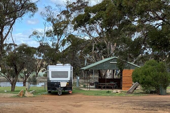 Caravan + Camp Kitchen - Green Haven Tourist Park
